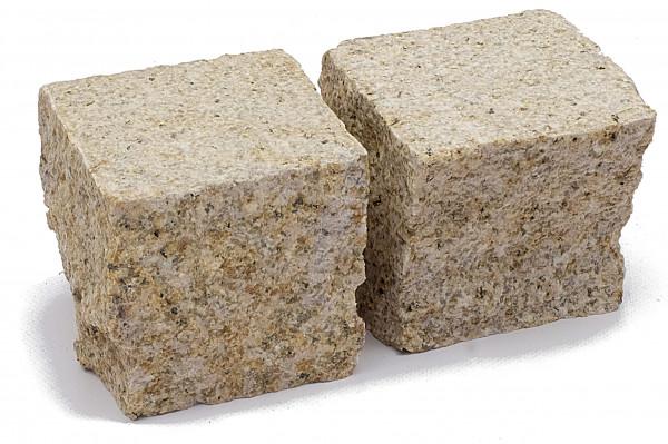 Granit Edelpflaster gelb 9/9/8 cm Oberfläche gestockt